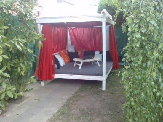 o trouver des plans et des conseils pour construire une cabane r solu. Black Bedroom Furniture Sets. Home Design Ideas