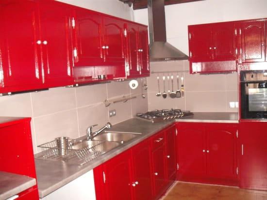 quelle couleur choisir pour rendre ma cuisine plus moderne. Black Bedroom Furniture Sets. Home Design Ideas