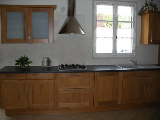 quelle fa ence mettre pour ma cuisine chaine clair id es d co am nagement. Black Bedroom Furniture Sets. Home Design Ideas