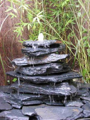 lJjG0oek-fontaine-ardoises-plates-s-.png