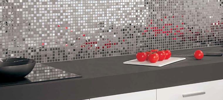 Quelle faience 3 couleurs pour cuisine blanche et grise - Carrelage gris quelle couleur pour les murs ...