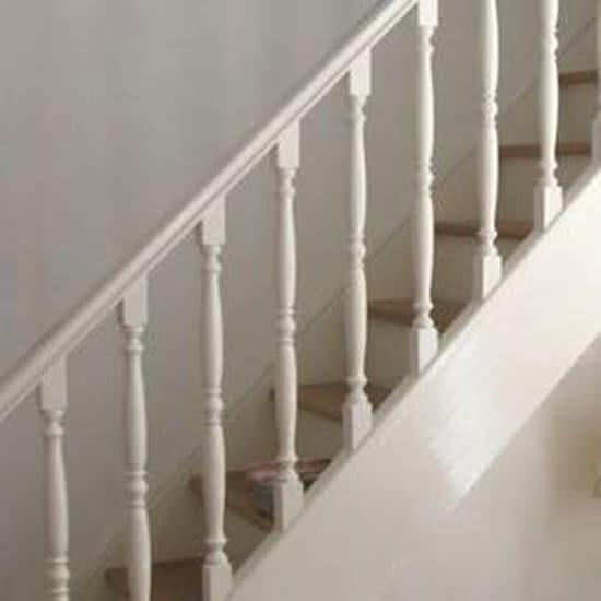 Que faire de mon nouvel escalier en h tre brut r solu for Peinture escalier vitrifie