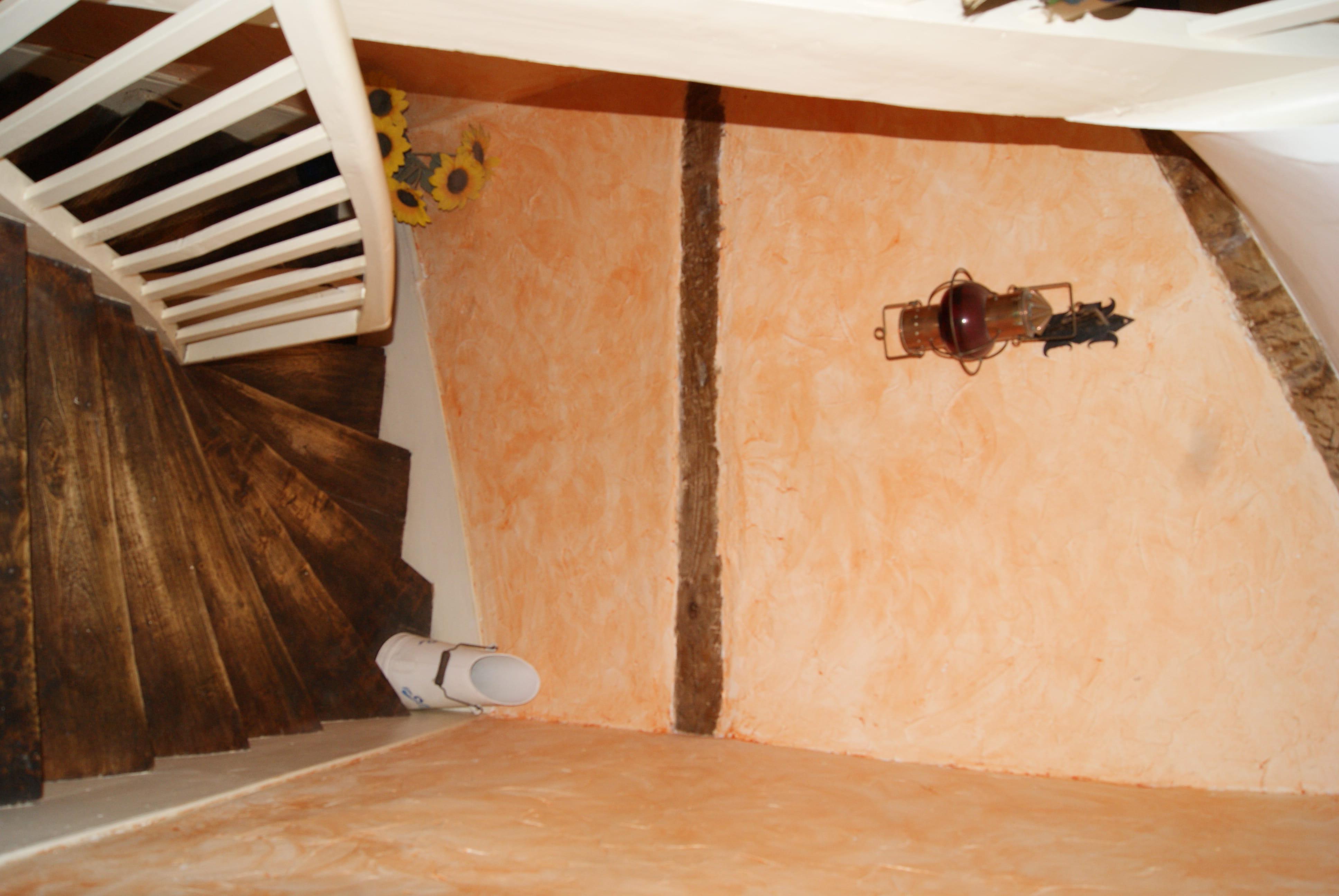 besoin idee pour relooker escalier couleur et deco With delightful mur couleur taupe clair 11 besoin de conseils pour relooker ma cuisine