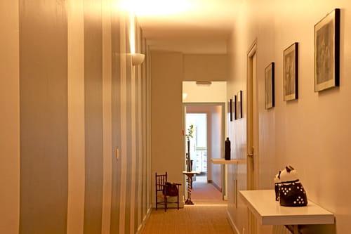 Tendance peinture couloir r solu - Decoration porte interieur peinture ...