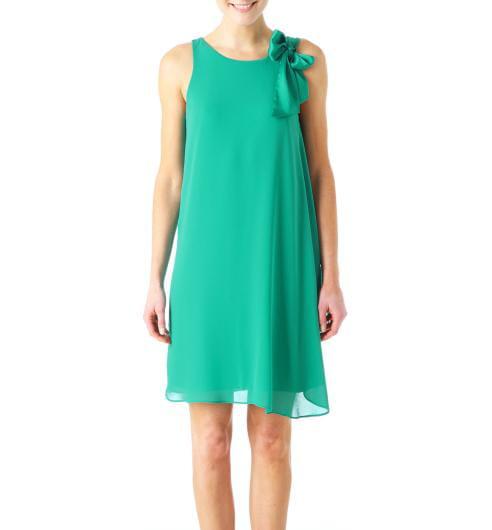 comment accessoiriser une robe verte r solu. Black Bedroom Furniture Sets. Home Design Ideas