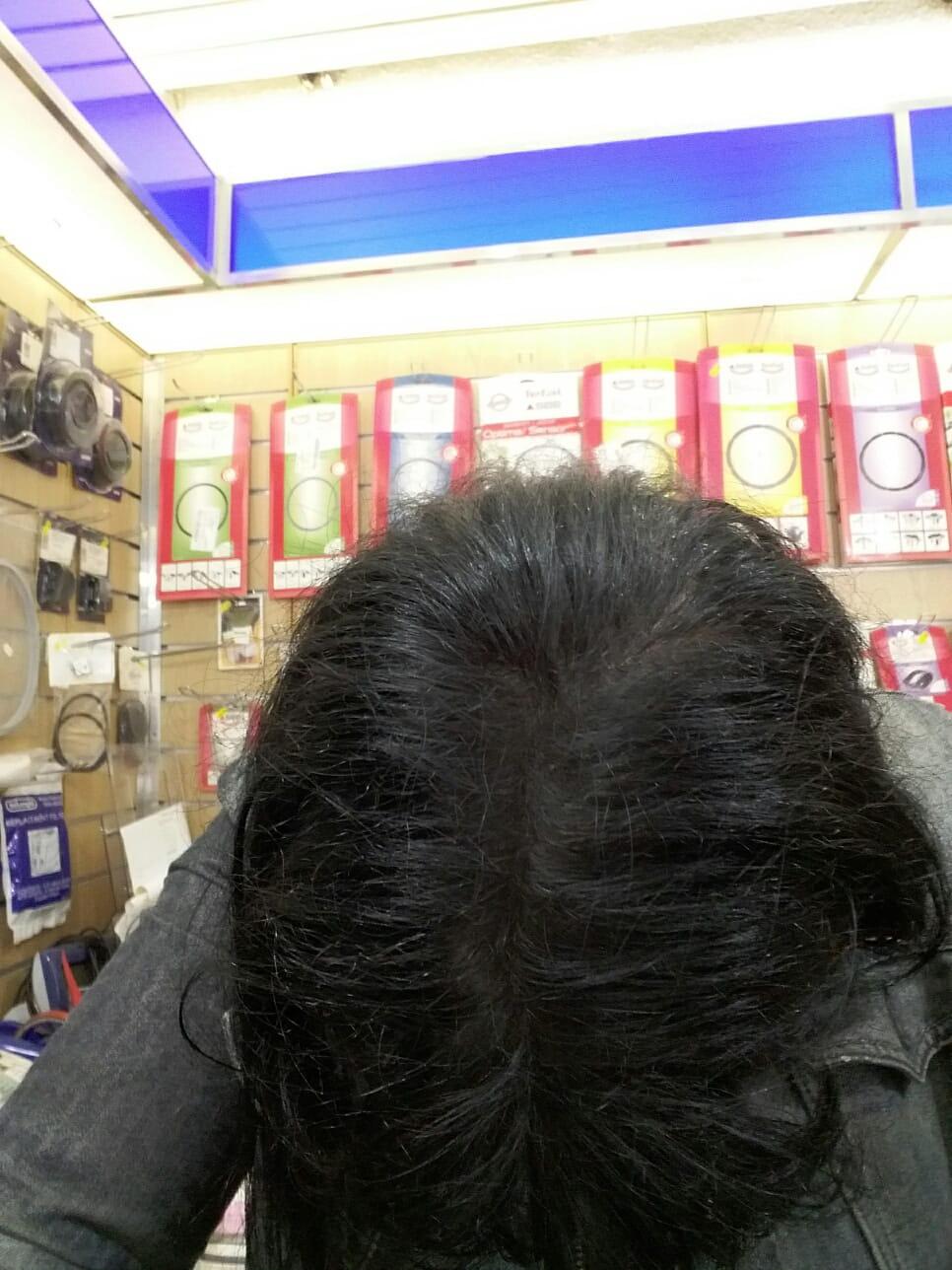 que mes racines taient blanches et que je nai pas eu le temps daller chez ma coiffeuse je vous montre les photos une avant et une aprs bien sur - Coloration Racines Blanches