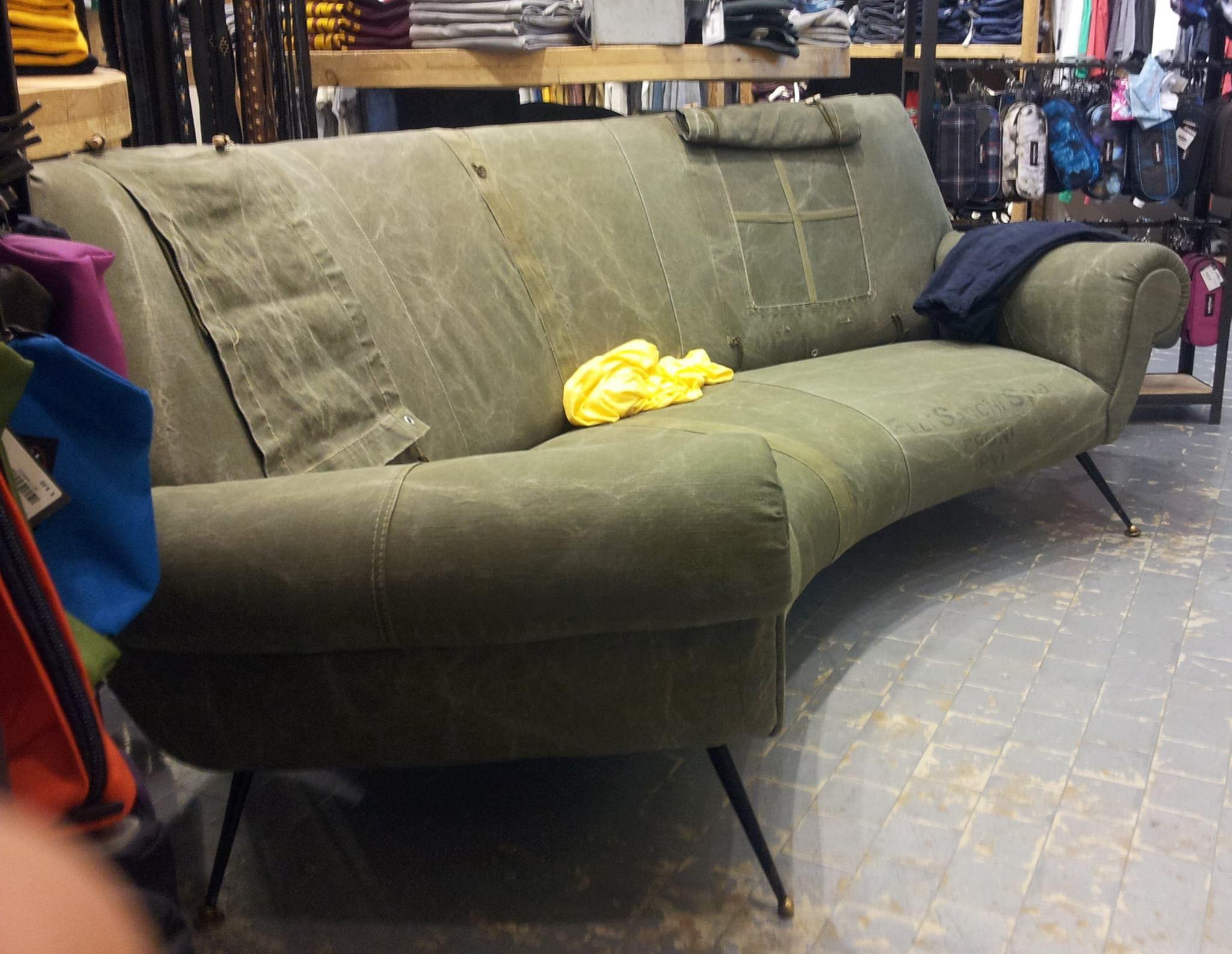 Je cherche un canape bien precis merci pour votre aide for Tapis de course avec comment recouvrir un canapé en cuir