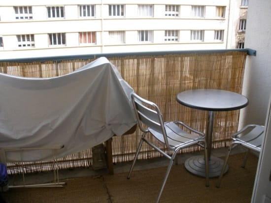 comment am nager mon balcon tout en longueur balcons et terrasses. Black Bedroom Furniture Sets. Home Design Ideas