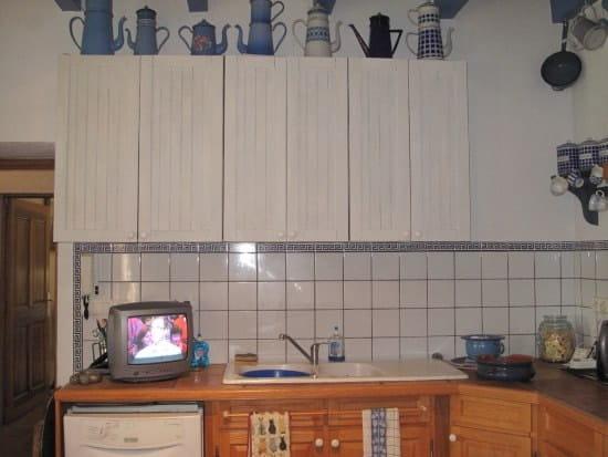 r nover un vieux placard en formica gris tr s utile. Black Bedroom Furniture Sets. Home Design Ideas