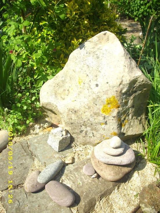 Où acheter de jolies pierres pour une rocaille car j\'en manque ?