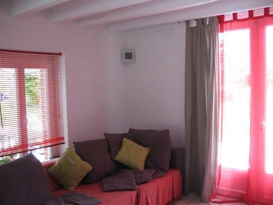 difficle de choisir un rideau ou voilage pour mon salon. Black Bedroom Furniture Sets. Home Design Ideas